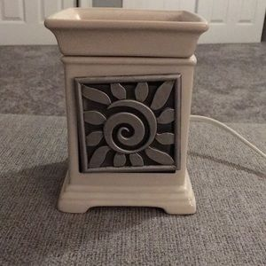 SCENTSY LARGE WARMER